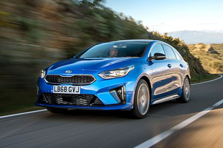 Kia Proceed 2019 front tracking shot