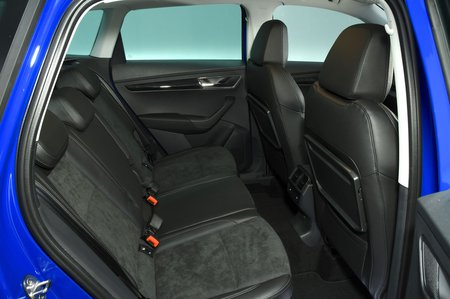 Skoda Karoq 2019 rear seats