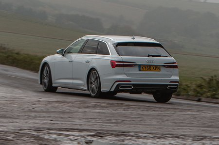 Audi A6 Avant 2019 left rear tracking