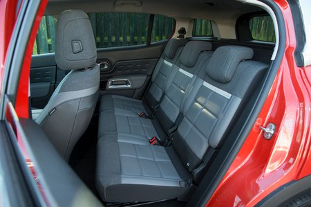 Citroen C5 Aircross 2019 rear seats