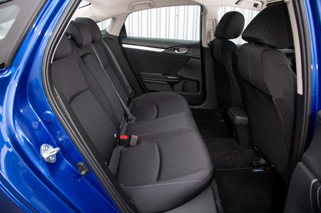Honda Civic Saloon 2019 right rear seats