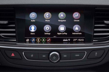 Vauxhall Insignia Sports Tourer 2019 infotainment