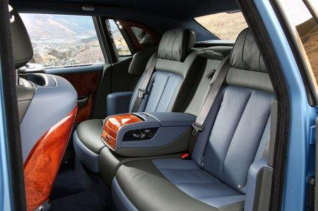 Rolls-Royce Phantom 2018 rear seats