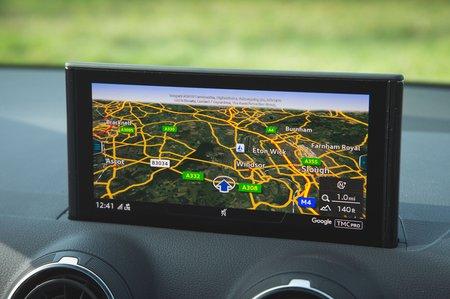 Audi SQ2 2019 infotainment