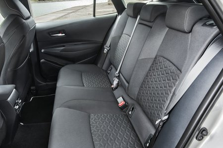 Toyota Corolla Touring Sport 2019 LHD rear seats