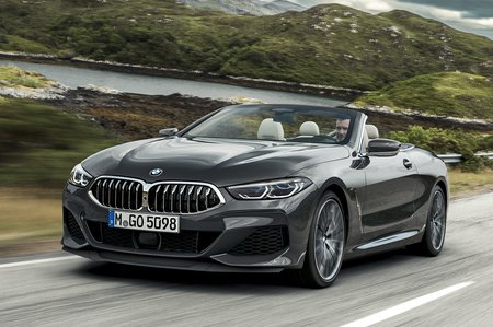 BMW 8 Series Convertible 2019 front tracking shot