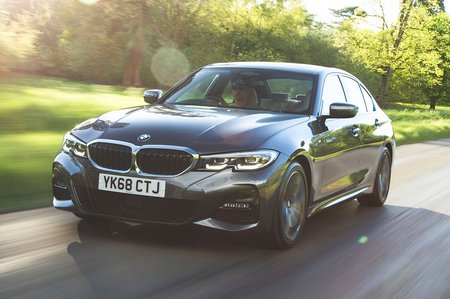 BMW 3 Series 2019 RHD front tracking shot