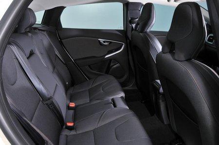 Volvo V40 Cross Country rear seats