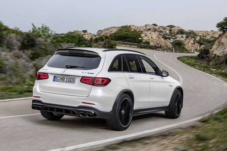 Mercedes-AMG GLC 63 Facelift 2019 rear tracking shot