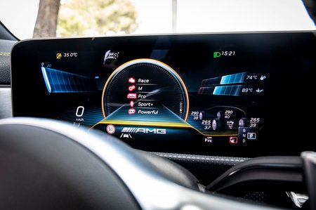 Mercedes-AMG CLA 45 S 2019 dashboard closeup