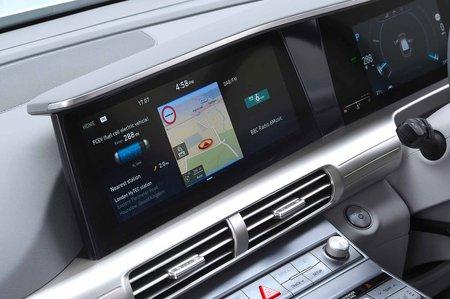 Hyundai Nexo 2019 RHD infotainment