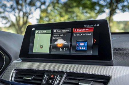 BMW X1 2019 LHD infotainment