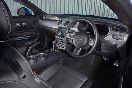 Ford Mustang Coupe 2019 RHD dashboard