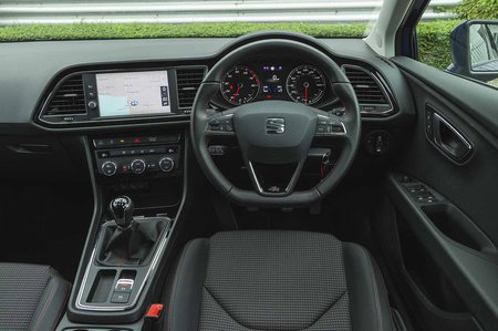 Seat Leon Estate 2019 RHD dashboard