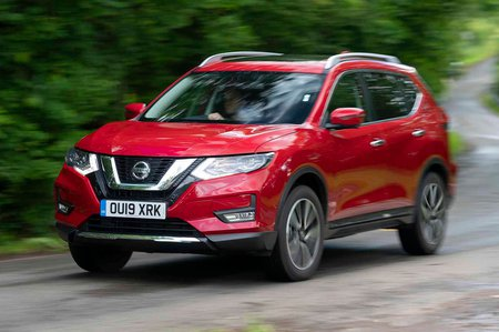 Nissan X-Trail 2019 front tracking