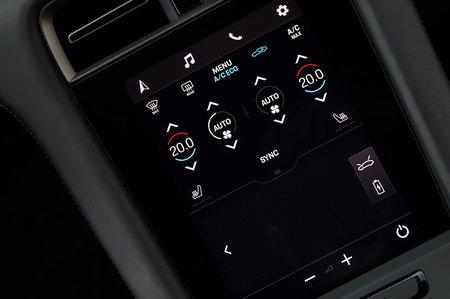 Porsche Taycan 2019 LHD infotainment detail