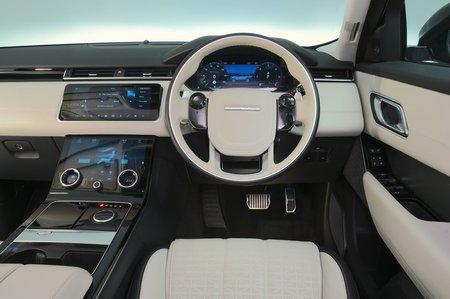 Land Rover Range Rover Velar 2017 RHD dashboard