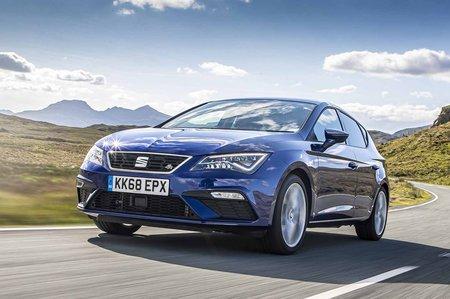 Seat Leon hatchback 2019 front tracking