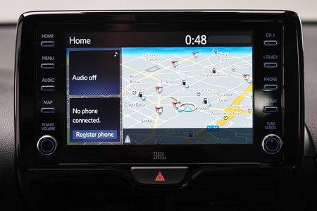 2020 Toyota Yaris touchscreen