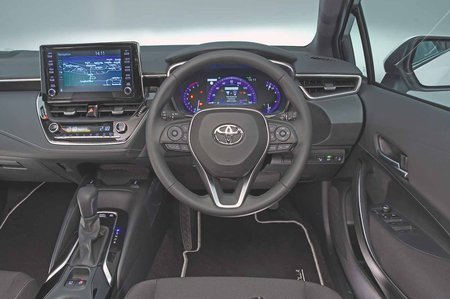Toyota Corolla 1.8 VVT-i Hybrid Icon Tech - interior