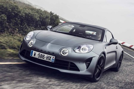 Alpine A110 S 2019 LHD front cornering