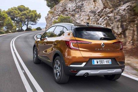 Renault Captur 2019 LHD rear cornering