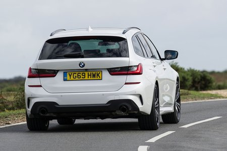 BMW 3 Series Touring 2019 RHD rear cornering