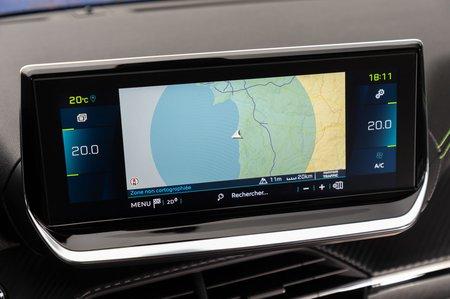 Peugeot e208 2019 LHD infotainment