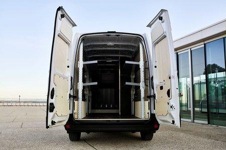 Renault Master ZE load bay