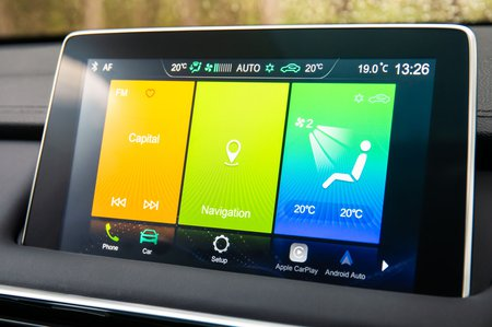 MG HS 2019 RHD infotainment