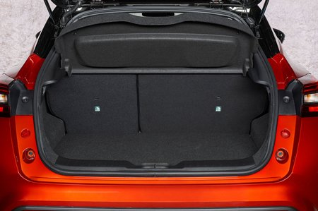 Nissan Juke 2019 LHD boot open