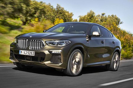 BMW X6 2019 LHD tracking shot