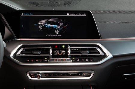 BMW X5 xDrive45e PHEV 2019 LHD infotainment