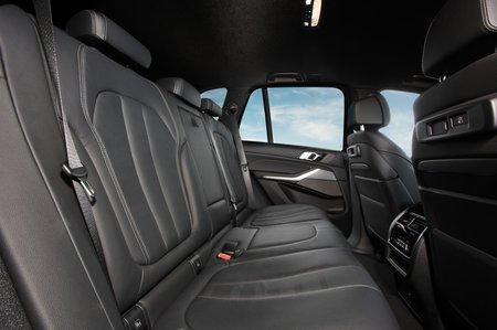 BMW X5 xDrive45e PHEV 2019 LHD rear seats