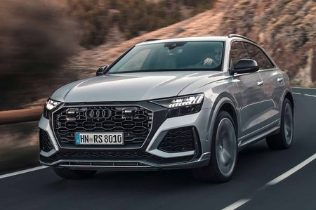 Audi RS Q8 2019 front cornering LHD