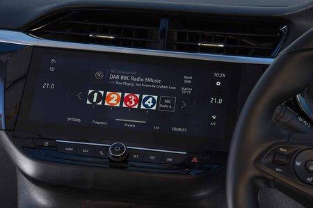 Vauxhall Corsa 2019 infotainment RHD