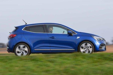 Renault Clio 2019 right panning RHD