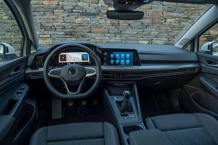 Volkswagen Golf 2019 dashboard LHD