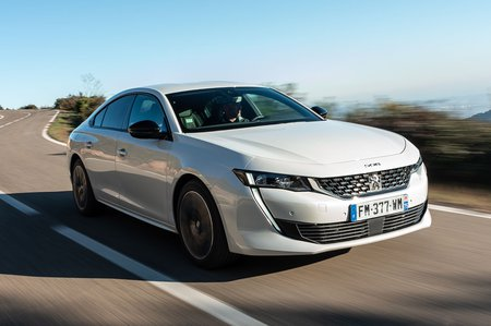 Peugeot 508 Hatchback Hybrid 2020 front right tracking