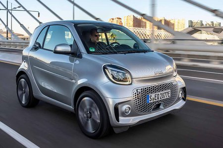 Smart ForTwo EQ 2020 front tracking LHD