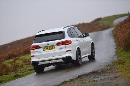 BMW X5 2020 RHD rear tracking