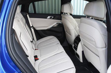 BMW X6 2020 RHD rear seats