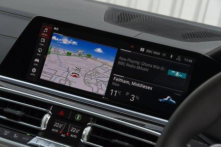 BMW X6 2021 RHD infotainment