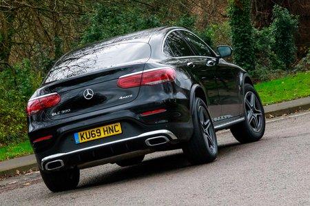 Mercedes-Benz GLC 2020 RHD rear right tracking