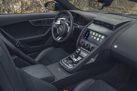 Jaguar F-Type Convertible 2020 LHD dashboard