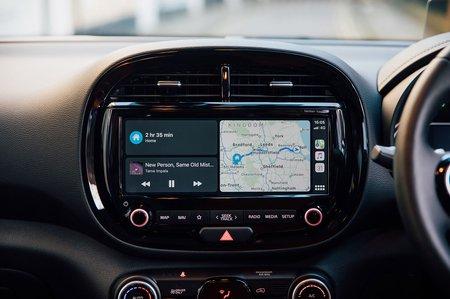 Kia Soul EV 2020 RHD infotainment
