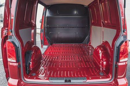 Volkswagen Transporter 6.1 2020 RHD load bay