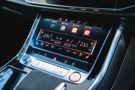 Audi RS Q8 lower touchscreen