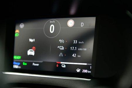 Vauxhall Corsa-e 2020 LHD infotainment