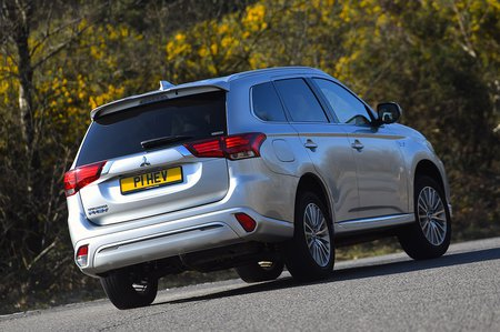 2020 Mitsubishi Outlander PHEV RHD front right cornering